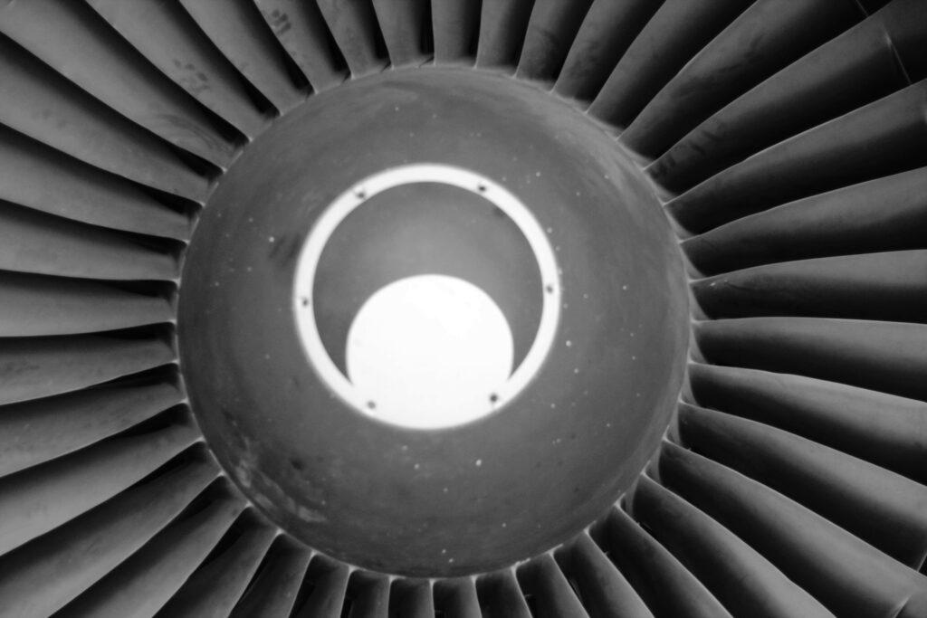 Reinigung Flugtechnik- Gerardy Strahltechnik